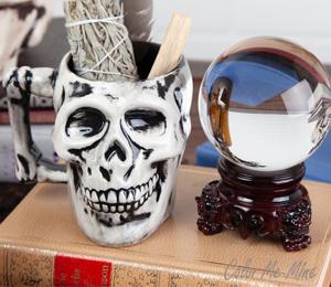 Walnut Creek Antiqued Skull Mug